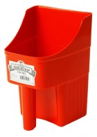 3 Quart Plastic Enclosed Feed Scoop